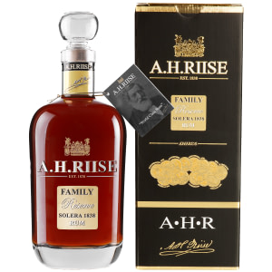 A.H. Riise Family Reserve + GB 42% 0,7l